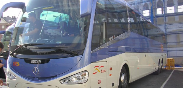 Autobus linea Bilbao Castro